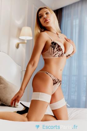 Beautiful professional Tantra masseuse outcall visit in Paris city