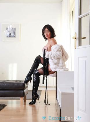 Ariane Fetich, independent